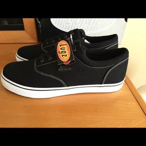 Lugz black and white low top sneaker textile Sz 12